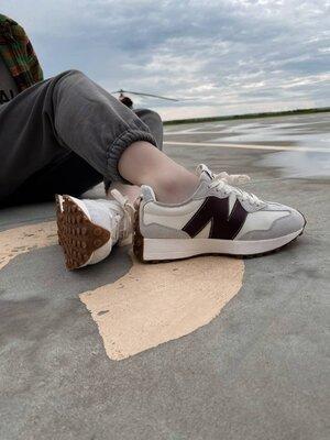Женские кроссовки New Balance 327 BB