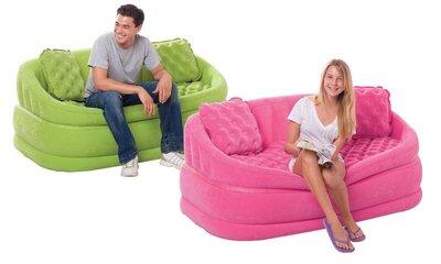 Продано: Надувной диван с падушками-акция