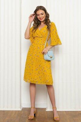 Нежное красивое платье, цвета