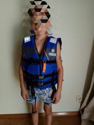 Детский страховочный спасательный жилет Yamaha