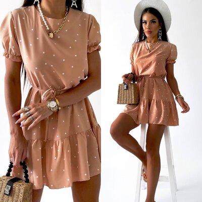 Нежное женское платье в горошек