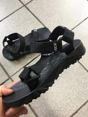 Мужские сандалии. Черные
