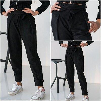 Брюки Мом 140р черный цвет замш школьные штаны на молнии демисезон