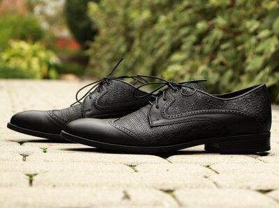 Шкіряні чоловічі туфлі-стильна модель