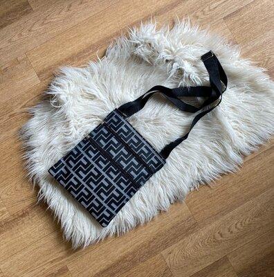 Новая мужская сумка в стиле fendi через плече