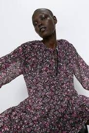 Шифоновое платье zara с принтом в цветочек