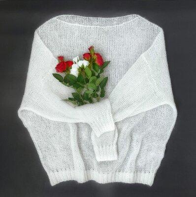 нежный свитер джемпер паутинка итальянский кидмохер белый