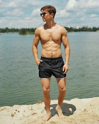 Базовые пляжные мужские шорты Kaiju