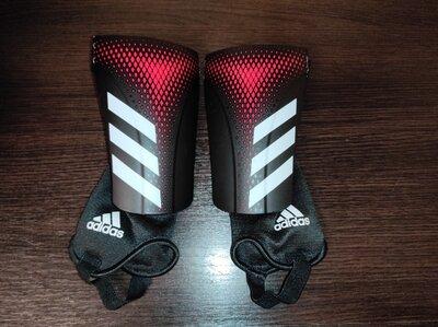 Продано: Щитки футбольные детские adidas Predator 20 Match состояние новых