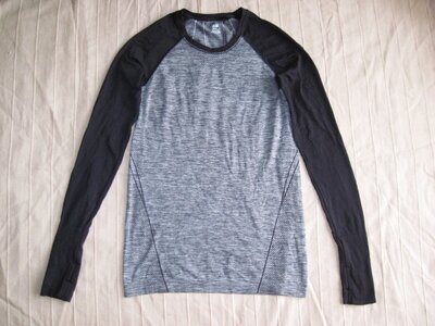 Продано: H&M M спортивная кофта женская