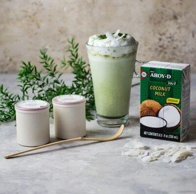 Кокосове молоко 70% Aroy-D кондитерам для крема выпечки натуральний Кокосове молоко - натуральний