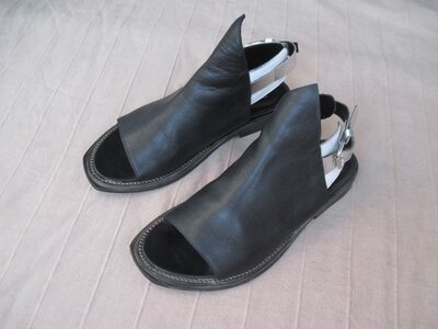 Elena Iachi 38 кожаные сандалии женские