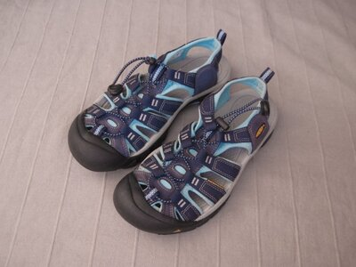 Keen Newport H2 39 треккинговые сандалии женские