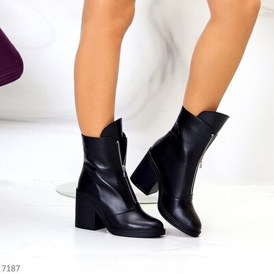 Продано: Код 7187 Размеры 36-40 Ботинки Feori Материал - Натуральная Кожа Цвет - Черный