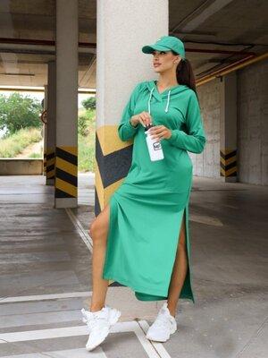 Длинное платье с капюшоном. Размер S, M, L, XL.