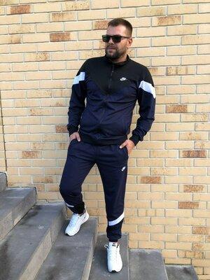 Продано: Мужской спортивный костюм, цвета