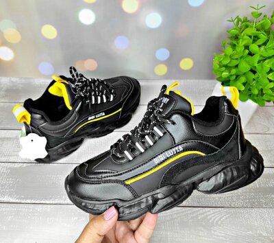 Кожаные кроссовки на подростка р-р 36-41 черные фирма kimbo-o