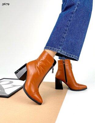 Женские натуральные замшевые кожаные ботинки ботильоны впереди на молнии на устойчивом каблуке