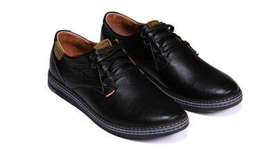 Мужские кожаные туфли Levis черные