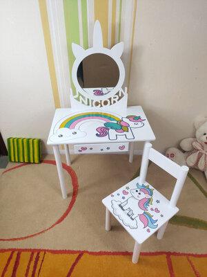 Детское Трюмо Единорог с зеркалом на возраст 2-7 лет столик туалетный трельяж и стульчик