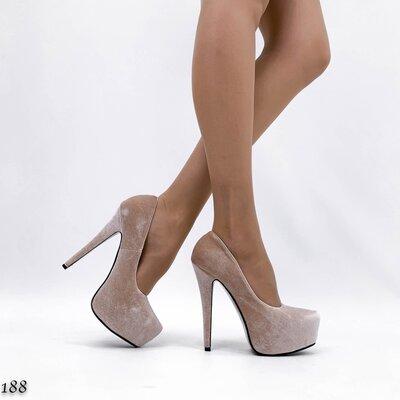 Женские чёрные бежевые туфли на каблуке шпильке