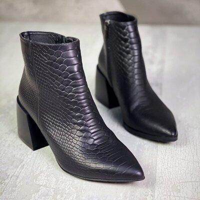Стильные ботиночки Viva. Натуральная кожа под рептилию. Каблук 6,5с