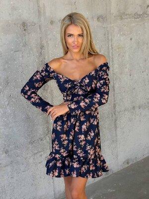 Платье 2819 Размеры 42-46,48-52 Ткань крепдиагональ. По спинке корсетная шнуровка за счёт чего шири
