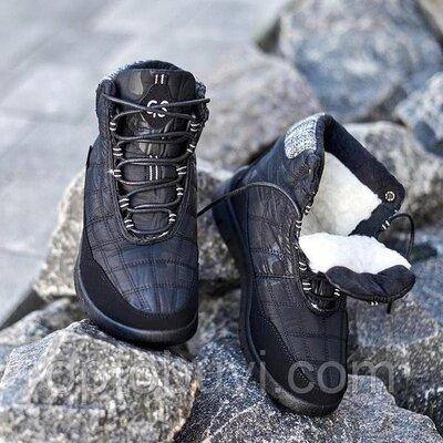 Зимние ботинки кроссовки.