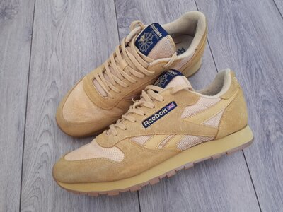 Продано: кросівки Reebok Classic 45-46p