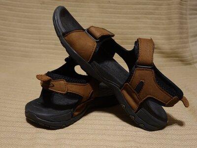Легкие открытые коричневые кожаные сандалии Mountain Life Канада 10 р.
