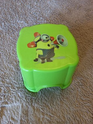 Продано: Детский стульчик