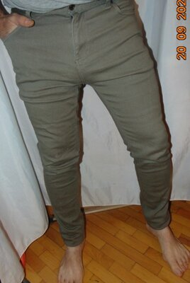 Стильние фирменние джинси брюки скини хаки стрейч бренд Denim Co .л.34-34