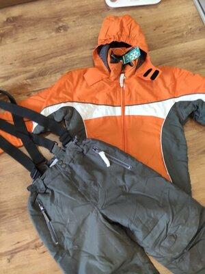 Фирменный лыжный зимний костюм- куртка и полукомбинезон, р.140-146