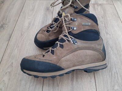 Туристичні черевики La Sportiva 44p