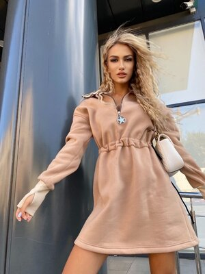 Красивое теплое платье на флисе