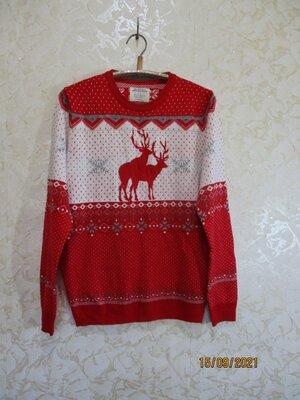 Яркий свитер с новогодним принтом/олени/не приличные олени/прикол