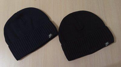 чоловіча шапка мужская шапочка с отворотом. тонкая утепленная флисом. цвет черный, синий. Новая