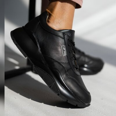 Хитовые женские кожаные кроссовки Yuves с нат. кожи.