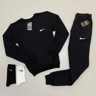 Новинка Костюм зима Nike свитшот-штаны / 2 пары носков в подарок