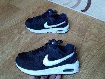 Nike кроссовки р.28.5